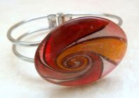 Foiled Glass Spiral Design Bangle
